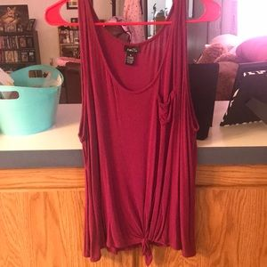 Rue 21 front knot tank